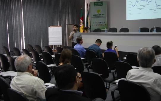 Encontro debate cenário, perspectivas e alternativas para o mercado de trigo e soja