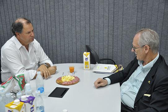Sistema recebe deputado Alceu Moreira na Expointer