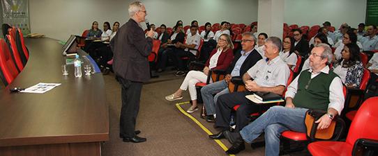 Comitivas da Coagrisol e de Mato Grosso visitam a Escoop
