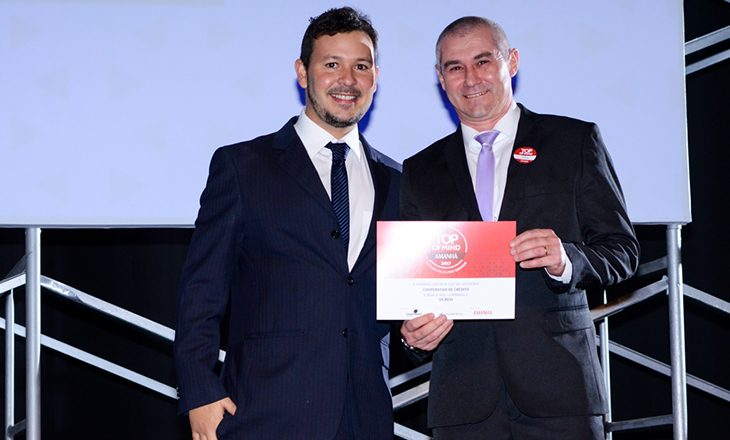 Sicredi conquista Top of Mind 2017 na categoria Cooperativa de Crédito