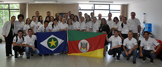 Escoop recebe comitiva de Mato Grosso