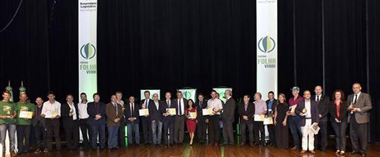 Assembleia Legislativa entrega Prêmio Folha Verde para destaques do setor agropecuário