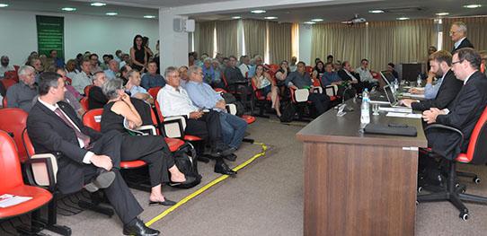 AGE da Ocergs aprova a não obrigatoriedade da contribuição sindical