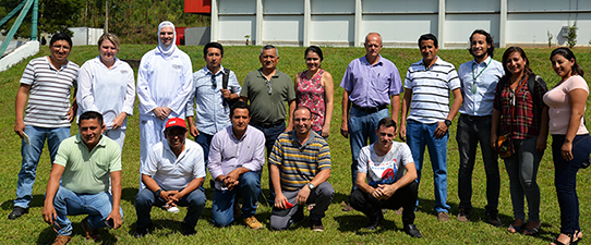 Languiru divide sua experiência com cooperativas do Peru