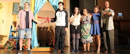 Sicredi Vale do Taquari leva peça teatral para alunos do Ensino Médio