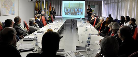 Cecoop aprova moção para incentivar cooperativismo nas escolas gaúchas