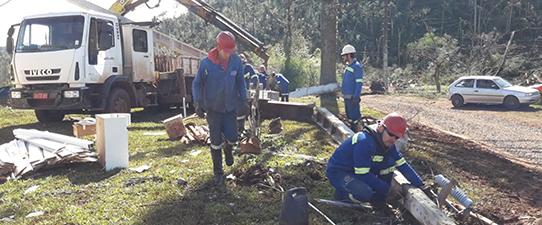 Coprel reconstrói redes de energia com ajuda de mais cooperativas