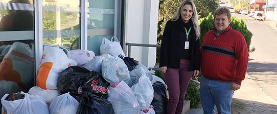Campanha do Agasalho da Sicredi Pioneira arrecada mais de 13 mil donativos