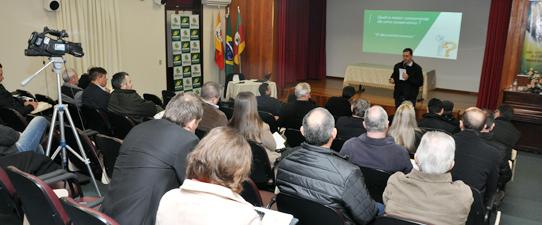 Ocergs reuniu vereadores em Farroupilha para Encontro das Frencoops