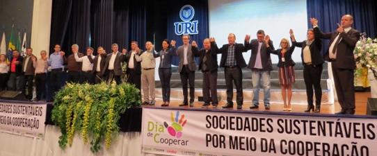 Evento em Frederico Westphalen celebra o cooperativismo regional