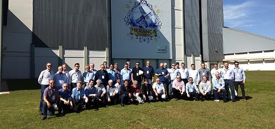 Dirigentes do Rio Grande do Sul visitam cooperativas do Paraná