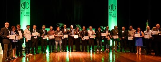 Assembleia premia protagonismo de pessoas e instituições no desenvolvimento rural com Prêmio Folha Verde