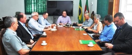 Diretoria da Ocergs recebida pelo novo secretário da Agricultura