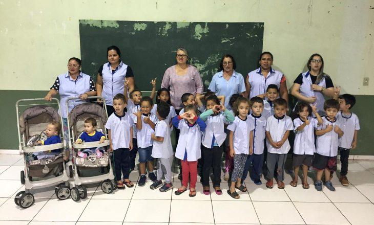 Projeto Pedacinhos de Cooperação transforma uniformes da Coagrisol em roupas para crianças
