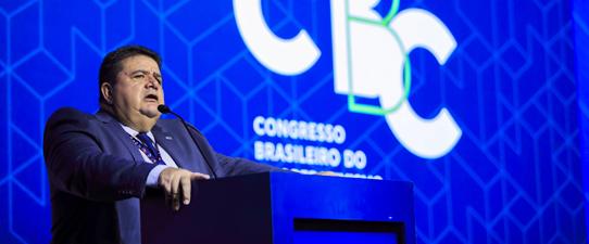 Márcio Freitas defende inovação e maior atuação política