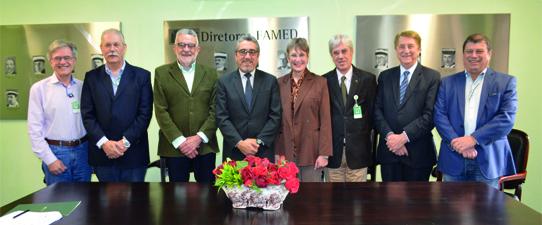 Unicred Porto Alegre e Faculdade de Medicina da UFRGS firmam parceria
