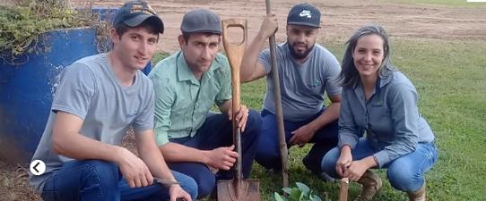 Coagrisol realiza plantio de árvores frutíferas em todas as suas unidades