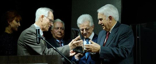 Unicred comemora 30 anos de história