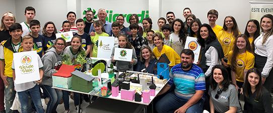 Estudantes criam cidade sustentável a partir da cooperação
