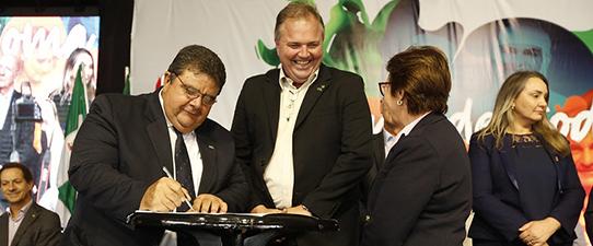 Sistema OCB assina cooperação para o Brasil Mais Cooperativo