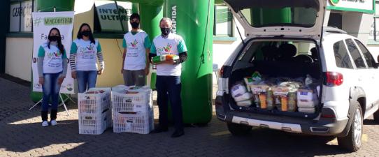 Creral arrecada mais de 300kg de alimentos para a campanha #VemCooperar