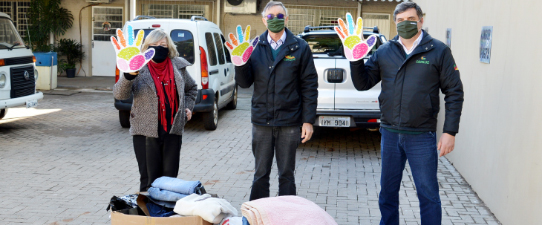 Campanha da Ceriluz referente ao Dia C se encerra com doação de agasalhos