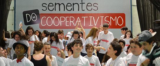 Sementes do Cooperativismo entre os Melhores do Ano