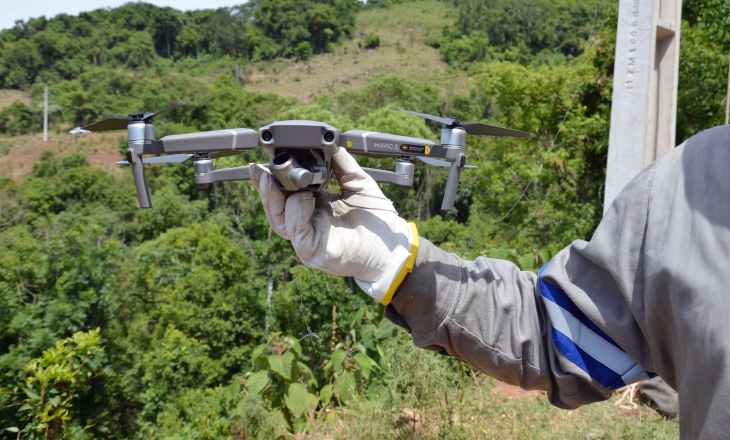 Certel utiliza drone para viabilizar rede trifásica em Canudos do Vale