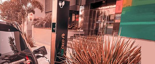 Unicred Eleva inaugura pontos de carregamento de carros elétricos nas cidades de Santo Ângelo e Santa Rosa